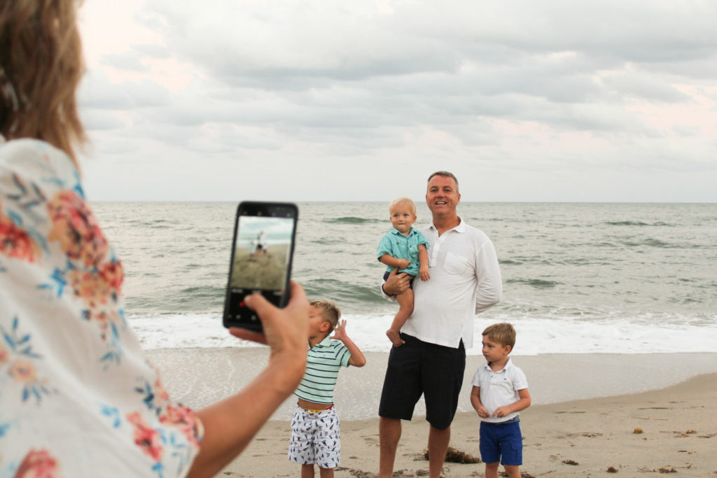 How To Capture A Family Photo Like A Pro With Your Phone