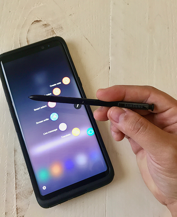 Organizing the Holidays with the Samsung Galaxy Note 8