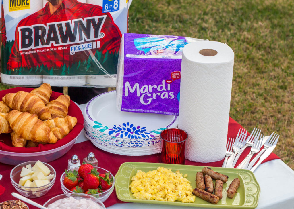Pull Off A Great Holiday Party With These Dollar General Paper Supplies